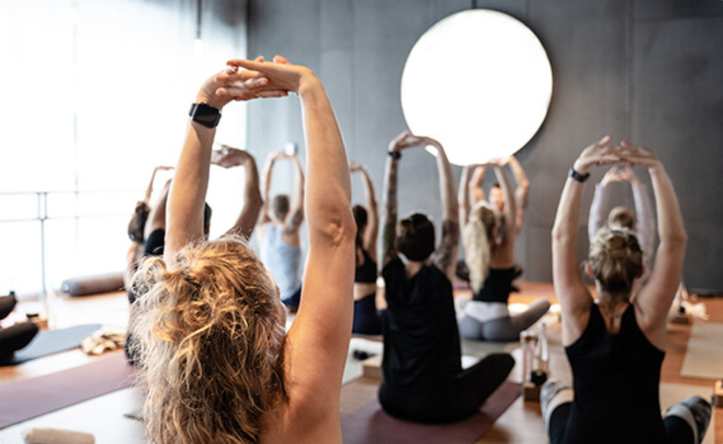 boutique fitness berlin mitte boutiquefitness pilates barre yoga strongyoga hiityoga vinyasa hiit relax yin meditation classic classicbarre strongbarre strong cardiobarre cardio flowpilates flow trx trxworkout trxpilates yogabasics yogafürbeginner yogafüranfänger yoga für anfänger